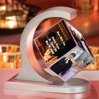 personalized-floating-photo-cube