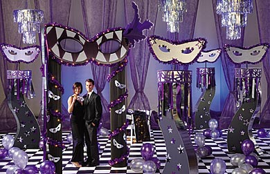 If you're looking for a romantic and elegant themed prom, a ...