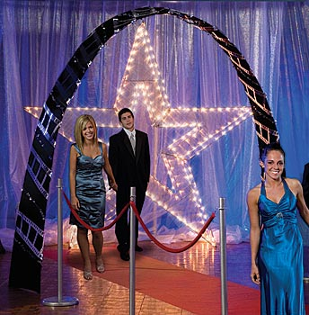 Use Arches In Prom Decorations For Elegant Entrances
